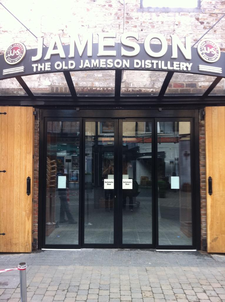 Biparting Sliding Door, Jameson Distillery
